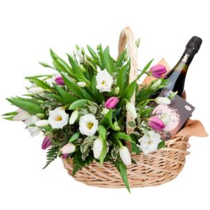"""Цветы в корзинке """"На праздник"""""""
